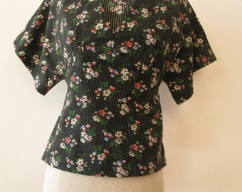 Betsey Johnson Alley Cat kimono style cotton top-Size XS