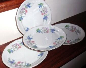 4 WALBRZYCH Pologne guirlande Dessert salade déjeuner assiettes porcelaine Chine fleurs Multi couleur blanc 22kt or des années 1950 mis Excellent État