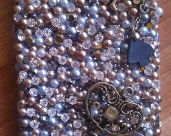 Iphone4/4s: Swarovski Queen of Hearts case