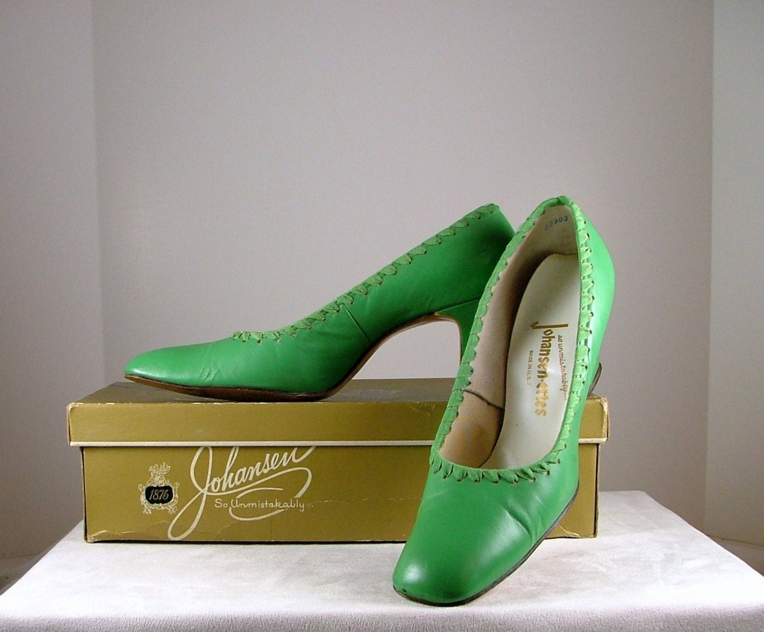 JOHANSEN Lime Green Heels with Ribbon Trim Size 8AA by ...