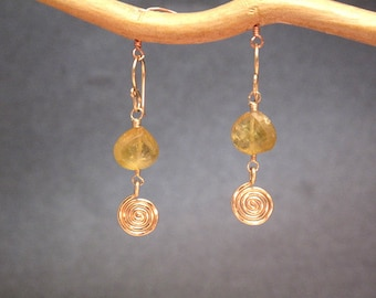 Idocrase with hammered swirl earrings Victorian 208