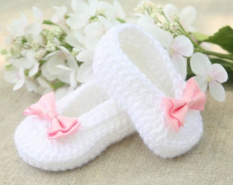 Crochet Baby Booties - Crochet Baby Ballet Flats - White Baby Ballet Slippers - Handmade Fashion Baby Shoes Booties - MADE TO ORDER