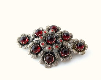 Vintage Red Glass Flower Brooch - Rhombus Vintage Pin
