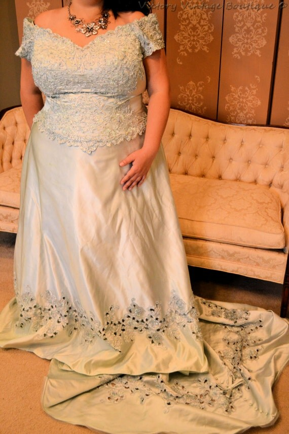 items similar to mint green lace sweetheart bodice satin