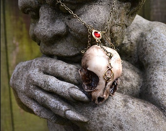 Animal-friendly Queen of Sheba Ruby kitten cat skull necklace pendant with Swarovski crystal Mortiis.M