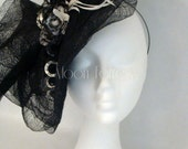 Kentucky Derby Hat/ Fascinator Hat / Black Fascinator / Derby Hat / Wedding Fascinator / bridesmaids Facinator /