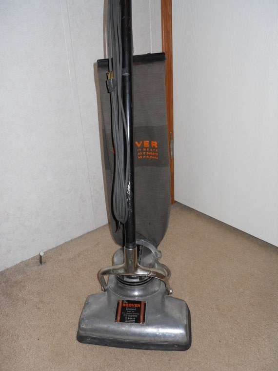 Bissell Big Green  mercial Vacuum also Eureka Boss Vacuum additionally mercial Upright Vacuum Cleaners in addition Hoover WindTunnel Vacuum additionally Old Fashion Candlestick Phones. on green upright vacuum