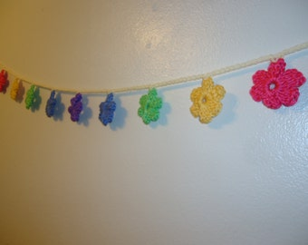 Adorable Spring Flower Garland, 55 Inches, 9 Flowers