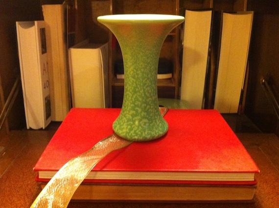 Very Early Haeger Pottery - Geranium Glaze Green Vase - Trumpet Vase - American Art Pottery -  J. Martin Stangl Era - Ships Free