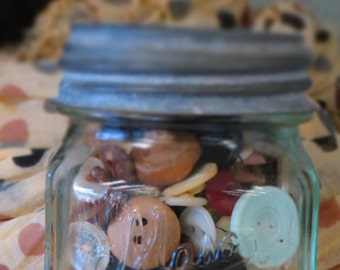 Vintage Small Mason Jar Full of Vintage Buttons, with Zinc Lid