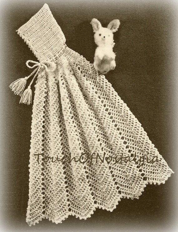 Free Vintage Crochet Cape Patterns : Crochet CARRYING CAPE Crochet Pattern Vintage - HOODED ...