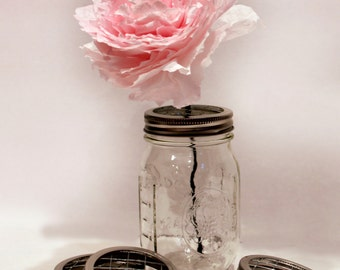 Pint & Quart Sized Mason Jar centerpiece, Frog Lids set of 5,  Mason Jar Flower Grids, Mason Jar Flower Vases, Mason Jar Frog Lids,