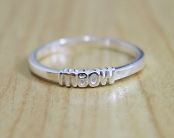 Pro Love - Meow Ring Sterling Silver Sizes 5-9
