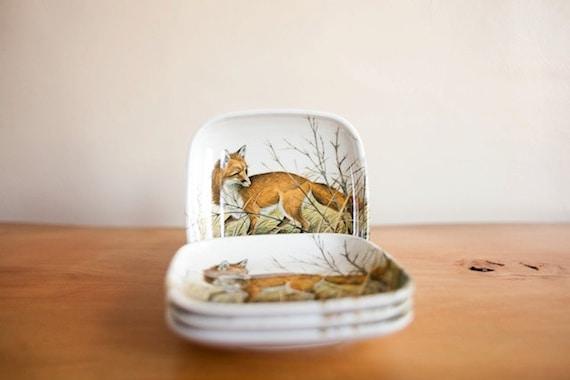 Vintage Melamine Dinnerware Set Of 4 Fox Plates White