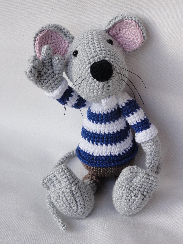 Amigurumi Receitas Portugues : Amigurumi Crochet Pattern - Rumini the Mouse from IlDikko ...