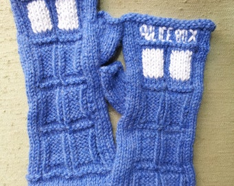 PATTERN: Blue Box Inspired Fingerless Gloves