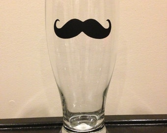Personalized Pilsner Glass with Moustache