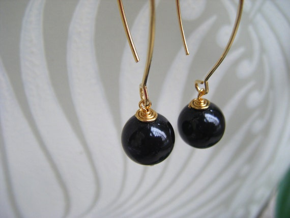 Gold kidney wire earrings black onyx earrings by lucindaella for Jewelry made from kidney stones