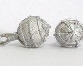 Replica Tudor Pewter Thomas Key Buttons for Renaissance/Elizabethan Reenactment