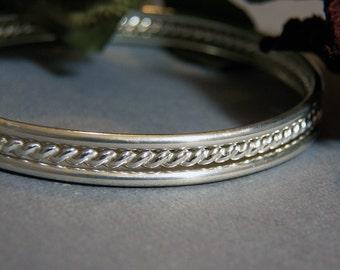 Sterling Silver Bangles - Twisted Pattern & Plain - Sleek Elegant Design