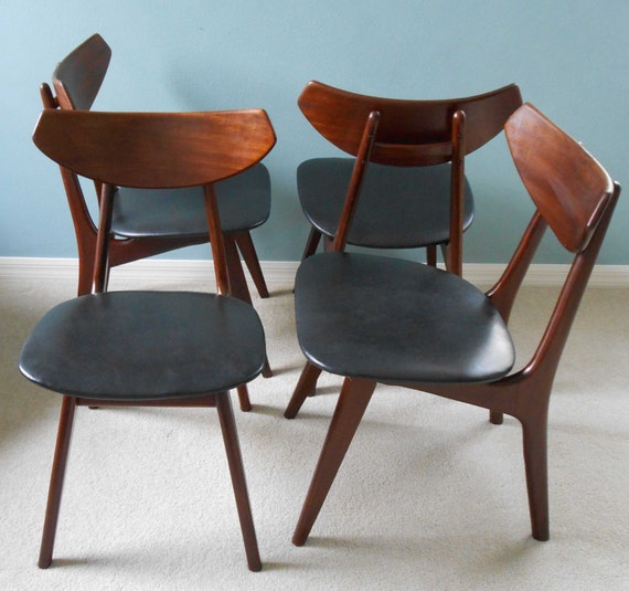 Mid century danish modern dining chairs set of 4 for Retro modern dining chairs