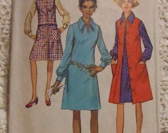 Simplicity Pattern no. 9028   size 10 Miss  For  Dress Pattern 1970