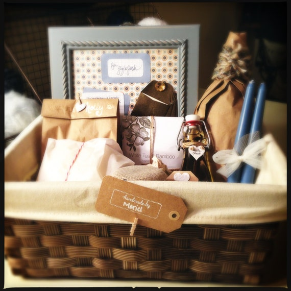 Home Design Gift Ideas: Housewarming Gift Basket Custom Design