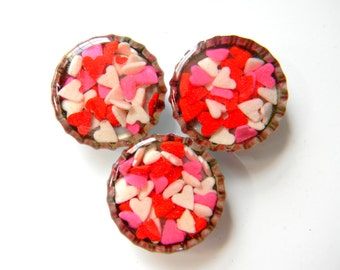 Bottle Cap Magnets - Valentine Hearts Spinkles - Resin Filled on Real Candy
