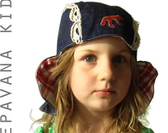 cute hat or bonnet for kids or big girls, inspired on Dutch milk girl