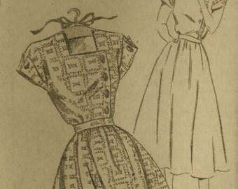 Vintage 1940s Mail Order DRESS pattern  sz 18  UNUSED