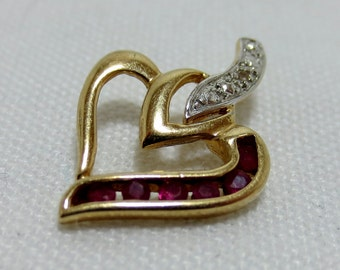 RUBY and DIAMOND HEART pendant  in Gold