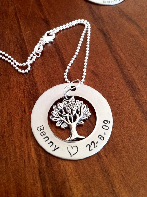 Personalized Necklace with Family Tree Charm- Great Gifts for Mums and Grandmas
