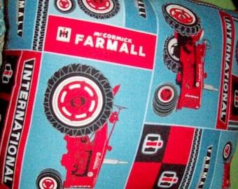 INTERNATIONAL FARMALL Tractor Pillow!
