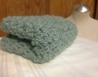 scarf  crochet handmade women's green Chunky Cowl  - crochet green cowl scarf - green cowl handmade women's crochet scarf