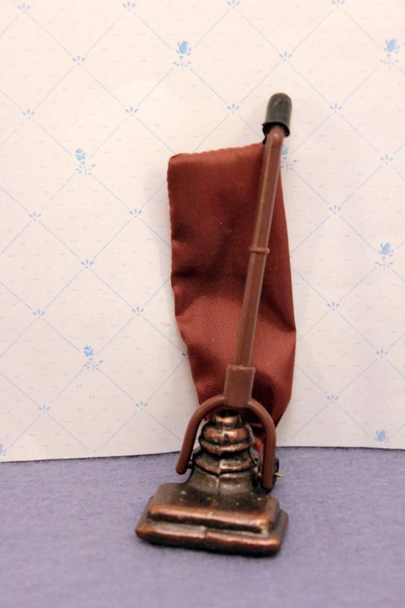 Miniature  Vacuum Cleaner Upright Dollhouse Model