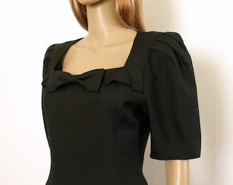 Vintage 1980s Albert Nipon Square Neck Curvy Little Black Dress / Small