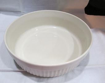 Arabia Finland  Bowl/ Uunikokki Bowl/Mid Century Bowl/ Souffle  Bowl/Scandinavian/White Pottery Bowl c.1980 By Gatormom13