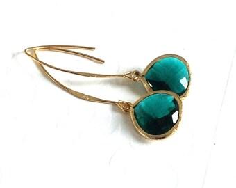 Emerald Green Earrings,  gold dangle earrings, emerald earrings, gold emerald earrings, Bridesmaid gift, wedding earrings,gold long earrings