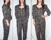 Growing pains .... vintage 80s 90s jumpsuit romper / floral playsuit / one 1 piece pc pantsuit / puff sleeve / hipster festival grunge . S M