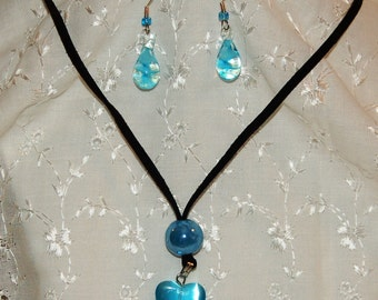 Blue Butterfly Glass pendant with Earrings