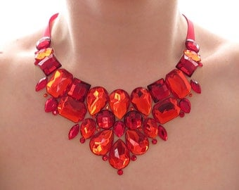 Bright Red Rhinestone Bib Necklace, Red Rhinestone Statement Necklace, Red Rhinestone Necklace, Red Jeweled Bib, Red Bridesmaid Necklace
