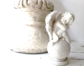Antique Architect  Salvage. Victorian Gable Roof Finial. French Farmhouse Shabby Chic. Garden Decor. Sculptured Pediment
