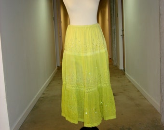 Vintage women Lemon color skirt from India with adjustable waist
