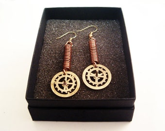 "Steampunk Earrings ""Essence"" - Vintage Brass Gears"