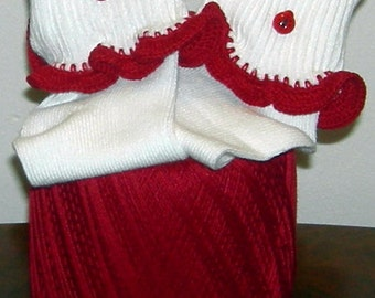 Kids Size 6 - 11 Lady Bug Red Crocheted Ruffle Trim Socks - 3 to 5 Years