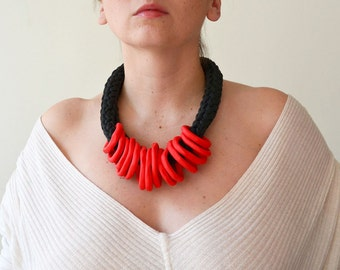 Red statement necklace/Bib Necklace/ gift for her/Red necklace/Red accessory/Bohemian necklace/Red gift for her/Bib/ Red statement