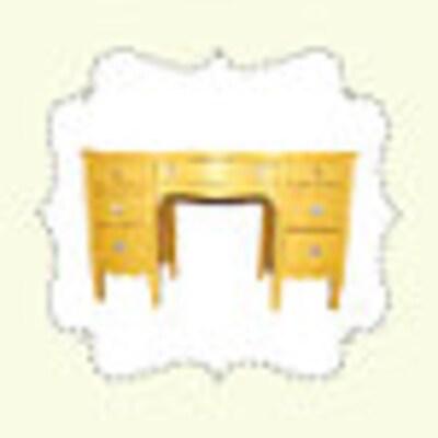 YellowDeskDesigns
