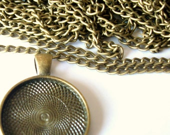 15 feet, 4.572 meters of Antiqued brass, antiqued bronze bulk necklace chain