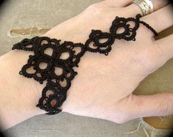 Tatted Slave Bracelet - Petals