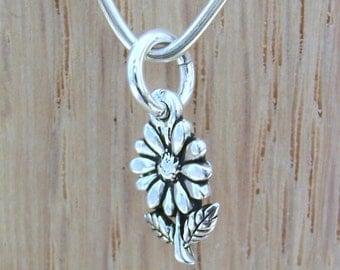 Daisy Flower Charm, Sterling Silver Daisy Charm, Sterling Silver Charm, Nature Charm, Flower Charm - Small